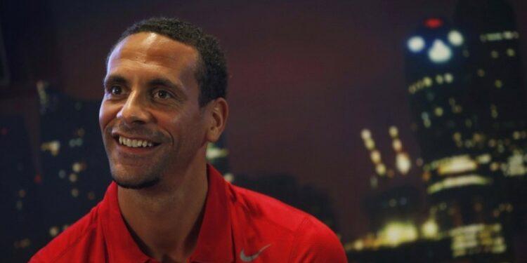 Rio Ferdinand, mantan bek Manchester United (MU), menyebut MU memiliki barisan pertahanan yang keropos.