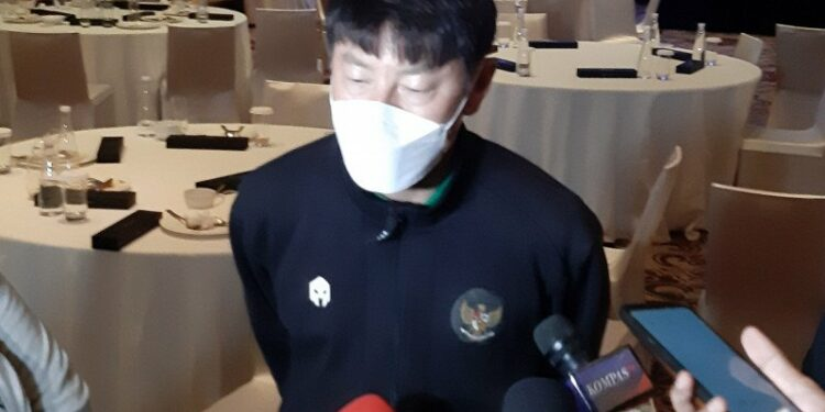 Shin focused on improving the physicality of the national team players ahead of the match against Oman