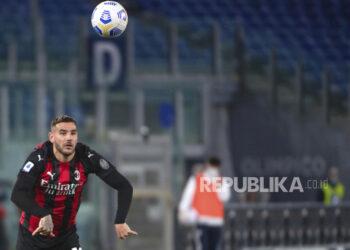 Bek AC Milan Theo Hernandez.