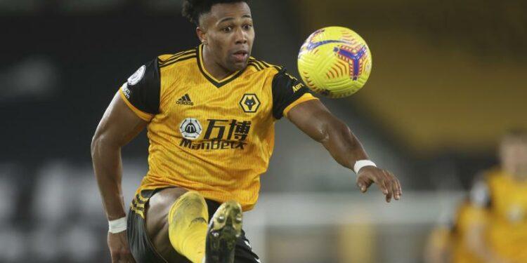 Pemain Wolverhampton Wanderers Adama Traore besar di La Masia.