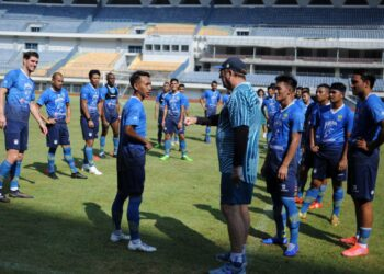 Persib Bandung plans to practice with other teams
