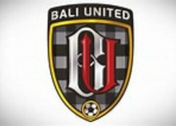Bali United for masks and food to support COVID-19 vaccination