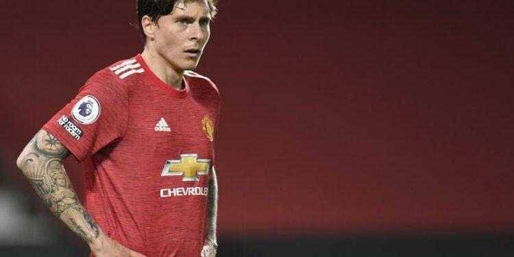 Bek Manchester United Victor Lindelof yang dilaporkan diminati Barcelona.