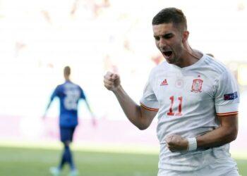 Ferran Torres saat membela Spanyol di Euro 2020.