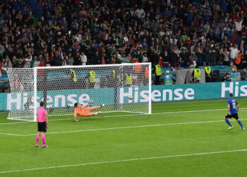 Penalti yang membuat Italia melaju ke final   Foto Twitter Euro
