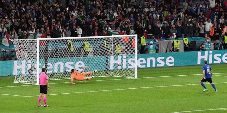 Penalti yang membuat Italia melaju ke final | Foto Twitter Euro