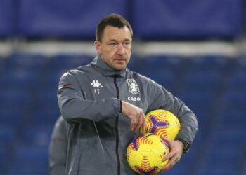 Mantan asisten pelatih Aston Villa John Terry.