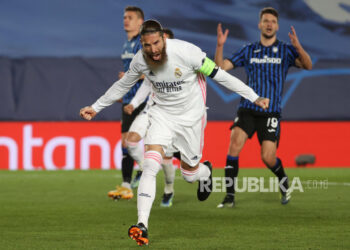 Real Madrid defender Sergio Ramos celebrates after scoring 2-0 in the second leg of the half 16 big UEFA Champions League between Real Madrid and Atalanta which was held at the Alfredo Di Stefano stadium, in Madrid, Central Spain, 16 March 2021.