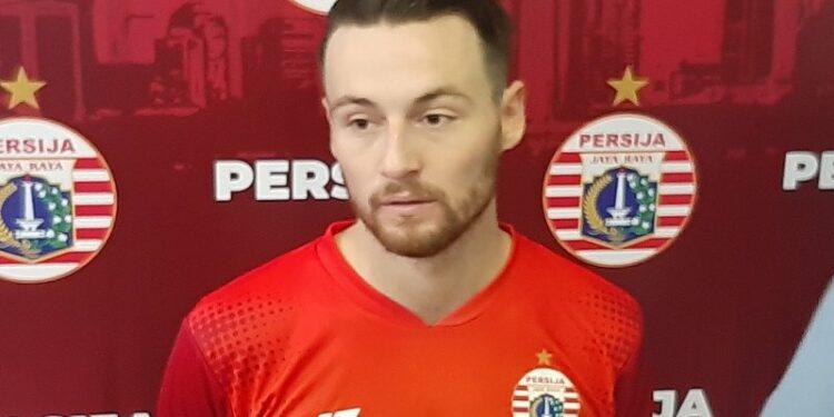 Marc Klok jalani latihan perdana bersama Persib Bandung