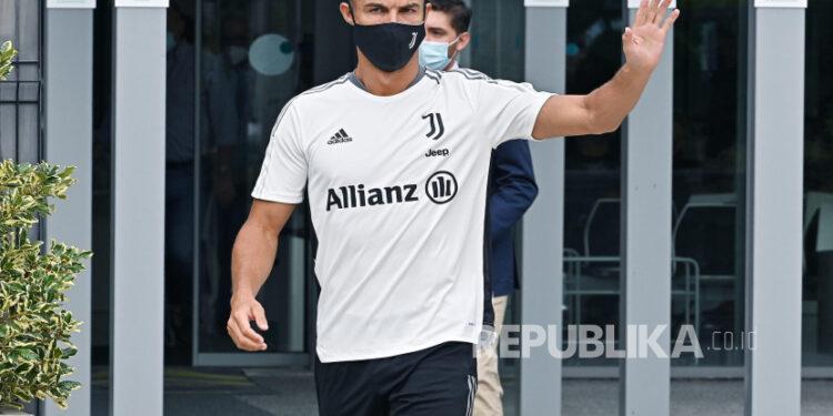 Pemain Juventus Cristiano Ronaldo di J Medical Center of Juventus, di Turin, Italia, 26 Juli 2021.