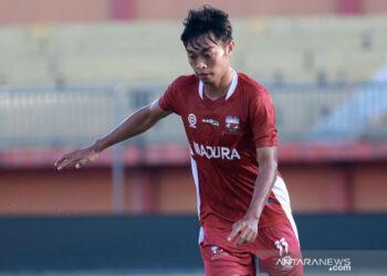 Madura United striker Kevy often adds an independent training menu