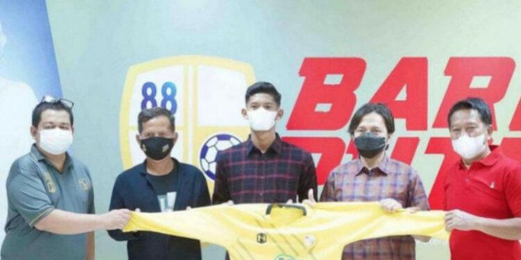 Anji anak Balangan resmi diperkenalkan tim PS Barito Putera