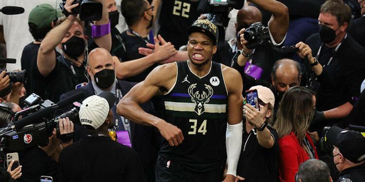 Antetokounmpo bersaudara bakal bawa trofi NBA ke kampungnya di Yunani
