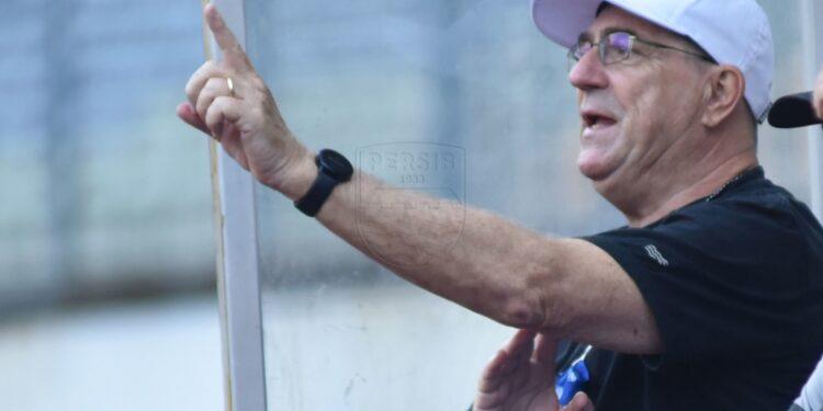 Pelatih Persib terus komunikasikan perkembangan Liga 1 dengan pemain