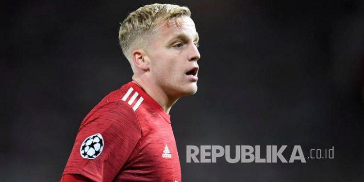 Gelandang Manchester United Donny van der Beek.