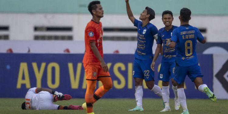 Bos PSIS Semarang mengingatkan kompetisi masih panjang