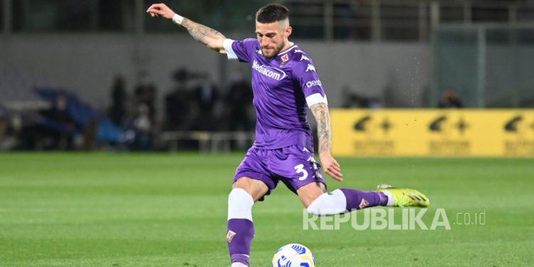 Gelandang Fiorentina Cristiano Biraghi.