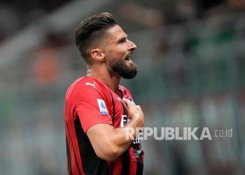 Penyerang AC Milan Olivier Giroud