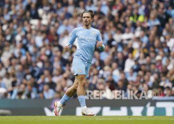 Pemain anyar Manchester City Jack Grealish beraksi pada pertandingan Liga Primer Inggris.