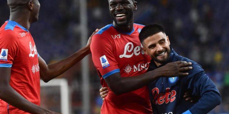 Eksptresi kebahagiaan para pemain Napoli setelah menaklukkan Sampdoria 4-0.