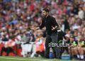 Manajer Arsenal Mikel Arteta bereaksi pada pertandingan sepak bola Liga Premier Inggris antara Arsenal FC dan Norwich City di London, Inggris, Sabtu (11/9).