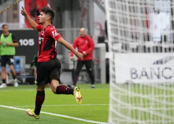 AC Milan's attacking midfielder Brahim Diaz celebrates his goal against Venice in the Italian Serie A match at the San Siro, Milan, Thursday (23/9) early morning WIB. Milan beat Venice 2-0.