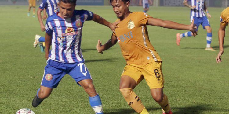 Pelatih Bhayangkara FC klaim tak bedakan pemain asing dan lokal
