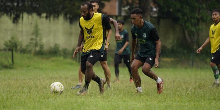 Pemain PSMS diharapkan cepat beradaptasi dengan metode pelatihan