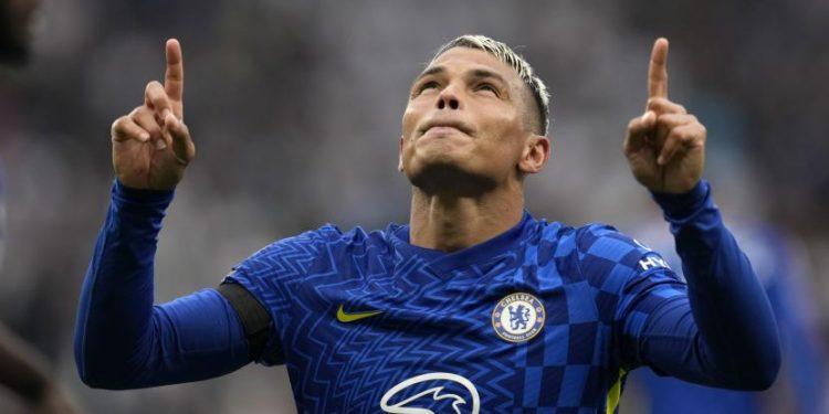 Bek veteran Chelsea, Thiago Silva.