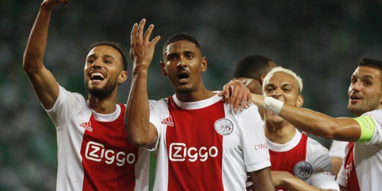 Sebastien Haller kemas caturgol, Ajax lumat Sporting 5-1