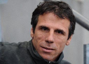 Mantan pemain dan pelatih Chelsea Gianfranco Zola