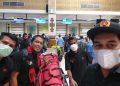 Azhar, Amiruddin dan Amsar saat di Bandara SIM