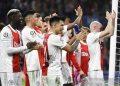 """Bangganya Erik ten Hag, Ajax menangi """"perang terbuka"""" lawan Dortmund"""