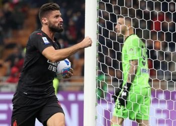 Selebrasi penyerang AC Milan Olivier Giroud selepas menjebol gawang Torino.