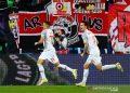 Noah Okafor bimbing Salzburg bekap Wolfsburg