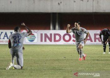 Persib Bandung tundukkan Bhayangkara FC 2-0