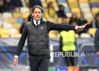 Reaksi pelatih kepala Inter Simone Inzaghi pada pertandingan sepak bola grup D Liga Champions UEFA antara Shakhtar Donetsk dan Inter Milan di Kiev, Ukraina,Rabu (29/9) di hari WIB.